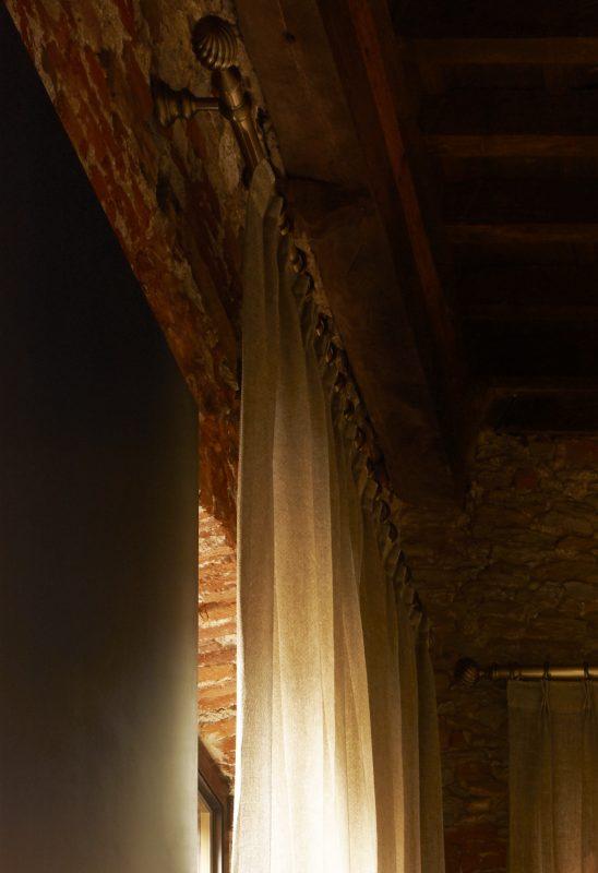 Privato pietrasanta lucca tende tappeti e letti centro arredotessile for Arredo giardino pietrasanta
